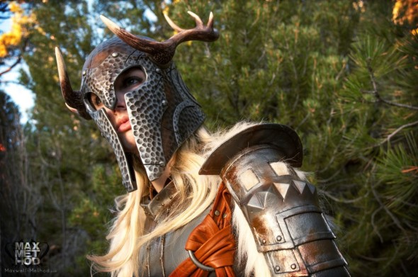 Mind Blowing Skyrim Cosplay01